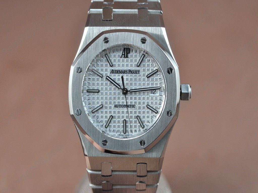 愛彼錶【男性用】Royal Oak Jumbo 39mm SS/SS White Swiss Eta 2824-2 自動機芯搭載6